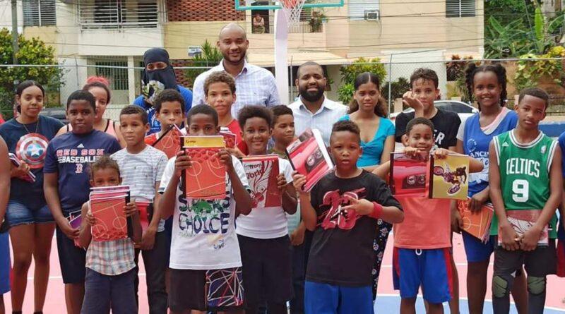 Pablo Román dice: Juventud deportista no puede seguir distanciada de la educación