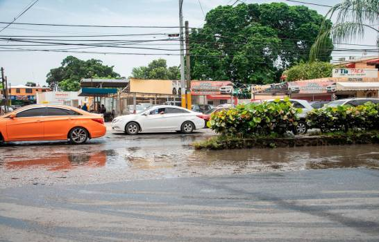 La carretera Mella en deterioro progresivo