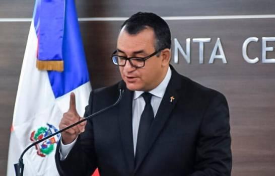 Presidente de la JCE dice leyes no sancionan recursos ilícitos a partidos