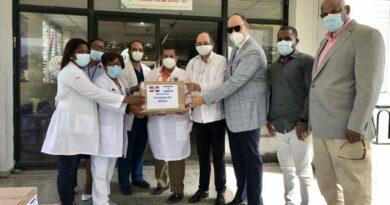Embajada israelí en el país dona medicamentos al hospital Jaime Sánchez