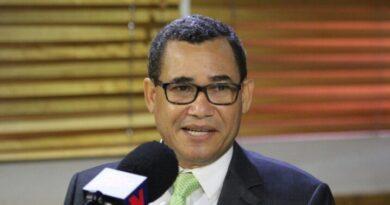 Olivares considera sería un retroceso si la JCE no organiza las primarias de los partidos