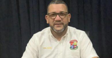 Alcalde de Villa Altagracia amenaza con romperle la boca a pastor evangélico