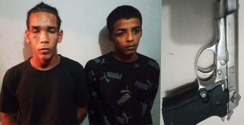 Policía ocupa pistola ilegal a dos individuos apresados durante persecución